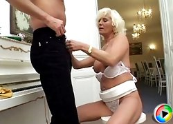 Nasty blonde milf opens up