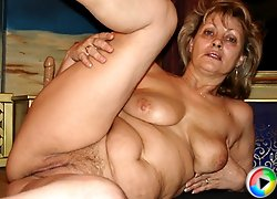 Big titted granny gives porn a try!