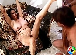 Young guy tit fucks old whore