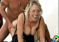 Granny in glasses gets fingered and fucked